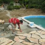 havuz kenarı kayrak taş döşeme
